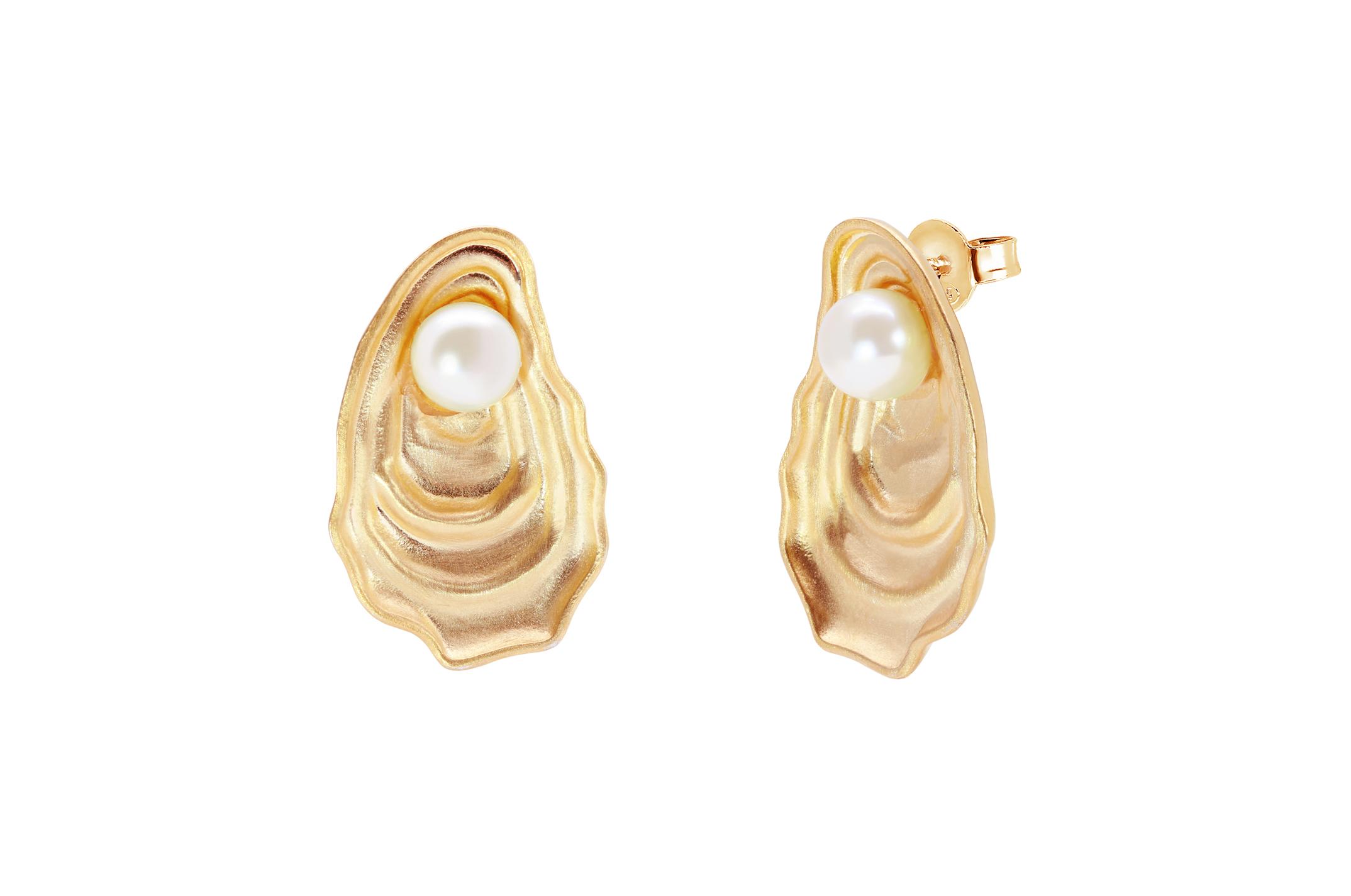 Joia: brincos;Material: prata 925;Peso: 10.30 gr;Pedras: pérola natural;Cor: amarelo;Medida:  cm;Género: mulher